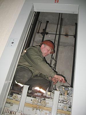 доме по улице Казинца лифт