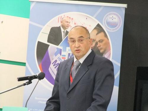 Представитель Ростехнадзора России С.С. Моисеев отметил, что совершен переход в стадию технического регулирования и доложил о тревожной статистике