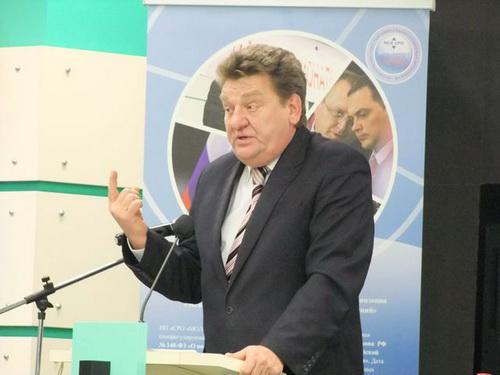 Очень эмоциональным стало выступление Василевского А.Д., председателя Общероссийского профсоюза работников жизнеобеспечения