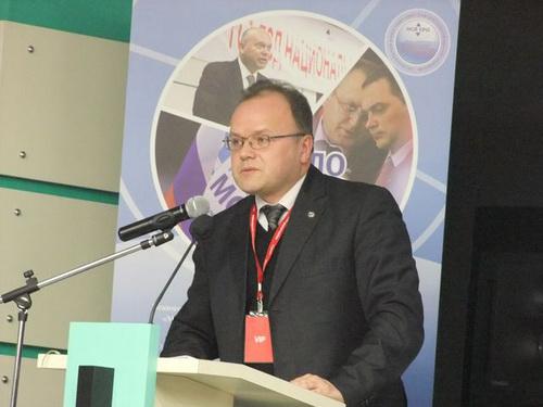 В своем выступлении Пугачев С.В., представитель НОСТРОЯ, поднял вопросы совершенствования нормативно-правового технического регулирования в строительстве и лифтовой отрасли