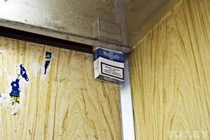 Три года назад грязные громыхающие «гробы» заменили на новенькие чистые лифты. Счастье, правда, продлилось не долго