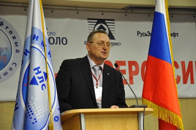 Модератор Съезда член Совета НЛС, генеральный директор НП СРО «МОЛО» Иван Дьяков