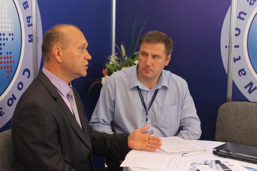 Интервью Тишина В.А. главному редактору Лифт-Пресс.Ru Крякову А.И. на 6-й Международной выставке «Лифт Экспо Россия 2013»