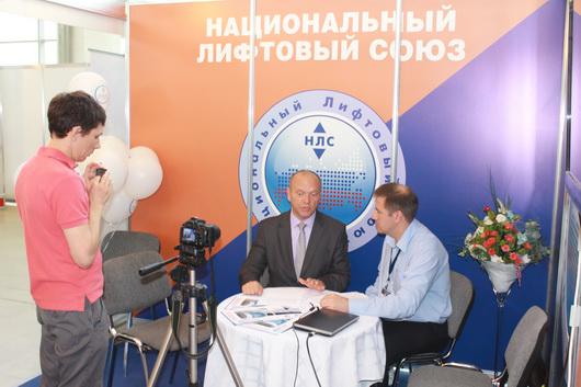Главный редактор Лифт-Пресс.Ru Андрей Кряков на встрече с вице-президентом НЛС Виктором Тишиным