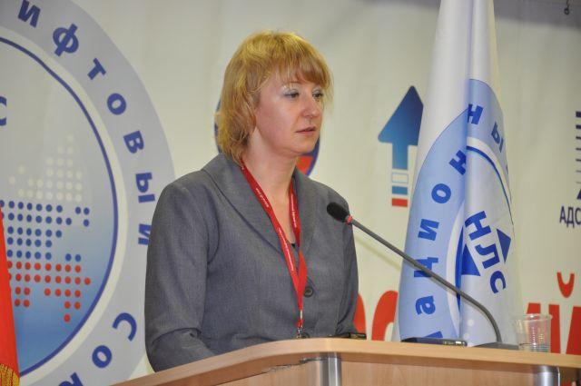 Директор НП «НЖК» Татьяна Вепрецкая выступает на конференции лифтовиков