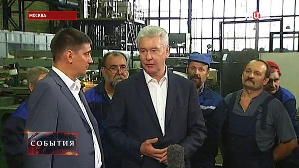 Собянин на КМЗ: В Москве к 2017 году заменят все устаревшие лифты