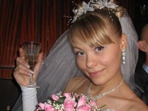 В Запорожье КП «Основание» обязали выплатить 1,5 миллиона семье беременной девушки, погибшей в лифте
