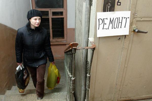В Петербурге опасен каждый третий лифт