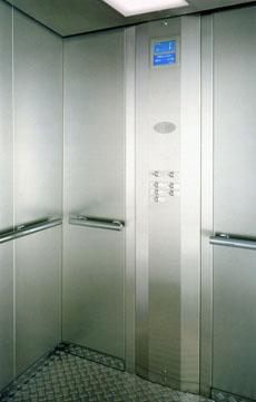 В Воронежской области до первого октября заменят 121 лифт