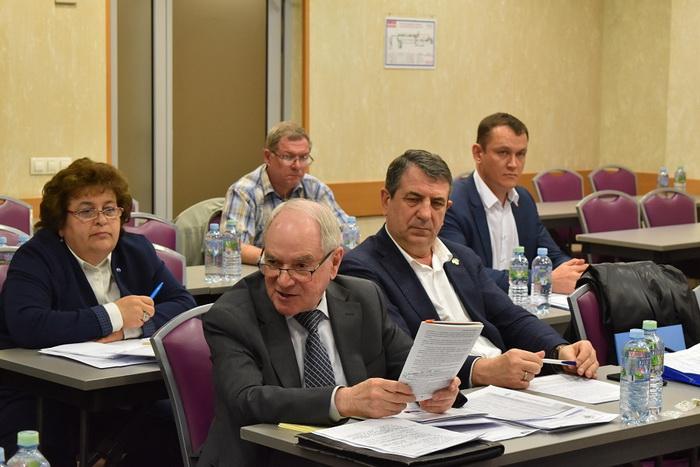 Л.И. Вольф-Троп рассказал о новом Перечне стандартов к техническому регламенту Таможенного союза «Безопасность лифтов»