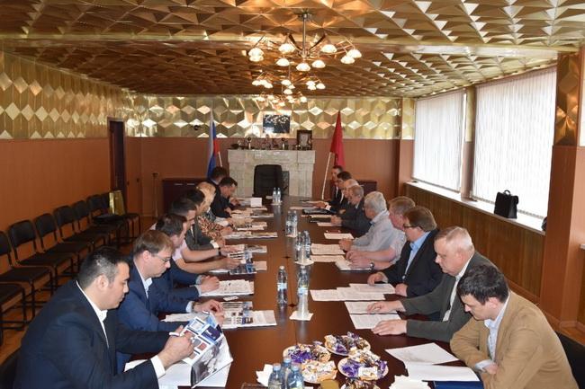 Делегация Департамента технического регулирования и аккредитации Евразийской Экономической Комиссии посетила Щербинский лифтостроительный завод