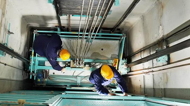 Менять таганрогские лифты будут московские компании