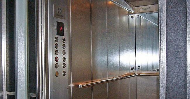 Процессу замены лифтов в многоэтажках Екатеринбурга помогут бюджетные субсидии
