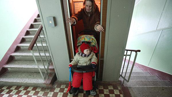 В Алуште через год могут остановиться 97 лифтов, срок эксплуатации которых превысит 25 лет