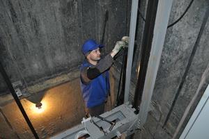 В Казани опять планируют масштабную замену лифтов после вскрытия серых схем в 2018 году