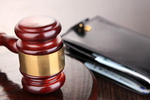 Житель Орла отсудил компенсацию морального вреда за то, что застрял в лифте