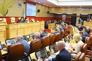 Депутаты Законодательного Собрания Иркутской области взяли на контроль ситуацию со срывом работ по замене лифтов в Ангарске и других городах региона