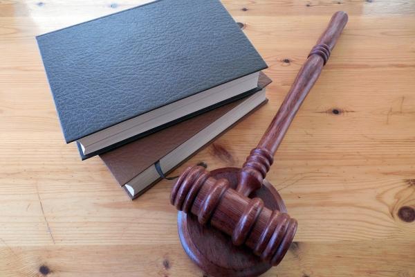 Воронежские бизнес-партнеры попали под суд за мошенничество c закупкой лифтов на 87 млн рублей