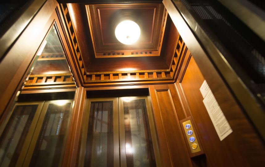 Metro разыскало дореволюционные лифты Петербурга