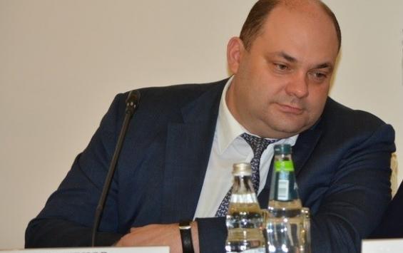 Замгубернатора Курской области подверг критике практику работы по замене лифтов