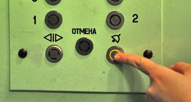 В Астраханской области требуется заменить более 1 000 лифтов, а не 187, как рассказывают региональные власти