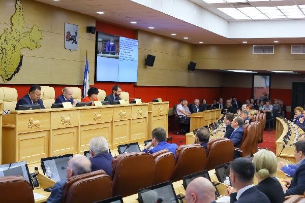 Парламентский запрос правительству Иркутской области о ремонте и замене лифтового оборудования в многоквартирных домах на территории Ангарского городского округа и других городов области оставлен на контроле