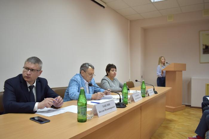 Жители Ставрополья рассматривают возможность замены лифтов в кредит