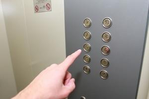 Больше сотни лифтов в домах Рязани заменят раньше намеченных сроков