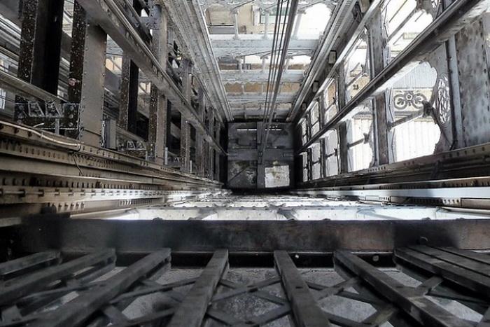 Никаких рычагов: лифты у атомщиков везут «Единую Россию» в подвал