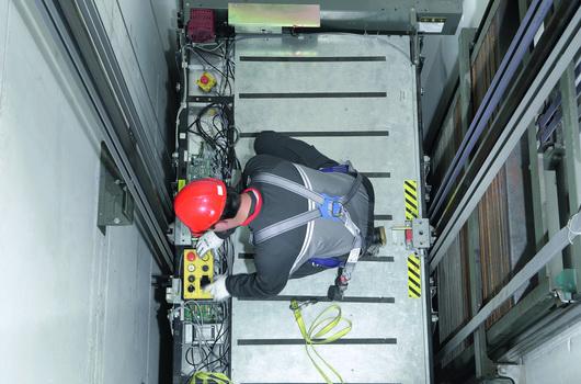 Наши главные продуктовые линии – лифты S3300 и S5500 легко встраиваются