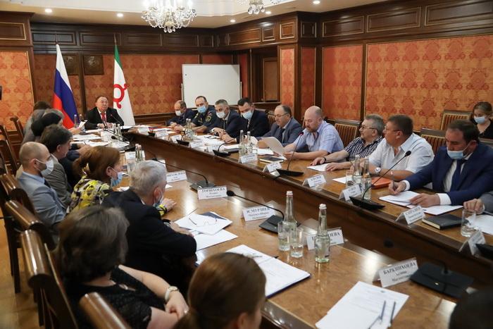 В Ингушетии обсудили выполнение мероприятий по обеспечению безопасной эксплуатации лифтов