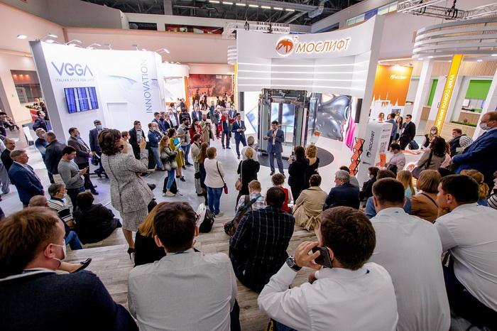 В Москве с 1 по 3 июня состоялась X Международная выставка лифтов и подъемного оборудования Russian Elevator Week