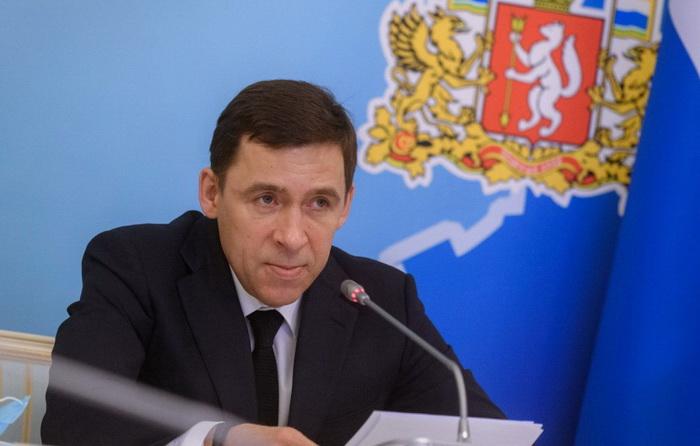 Евгений Куйвашев подписал первое в России соглашение с Фондом ЖКХ о замене лифтов