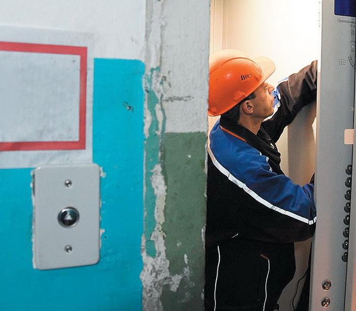 В Архангельске до 2025 года требуется замена 969 лифтов