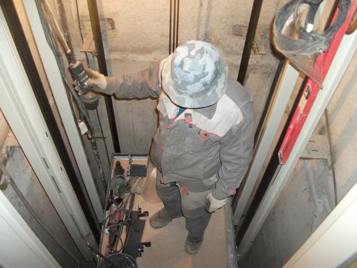 В Санкт-Петербурге в 2021 году планируется замена 1176 лифтов