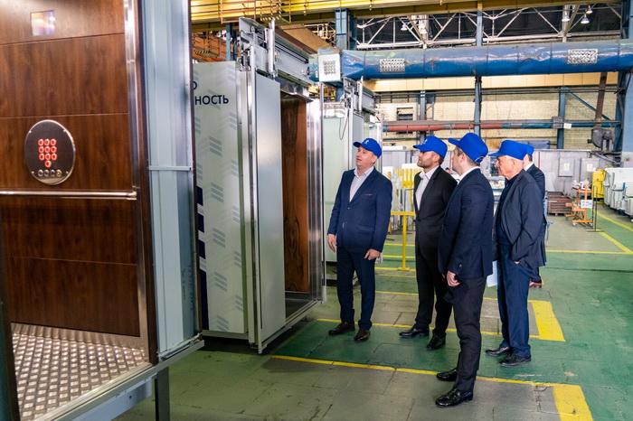 Директор департамента Минпромторга Валерий Пивень посетил ПАО «Карачаровский механический завод»